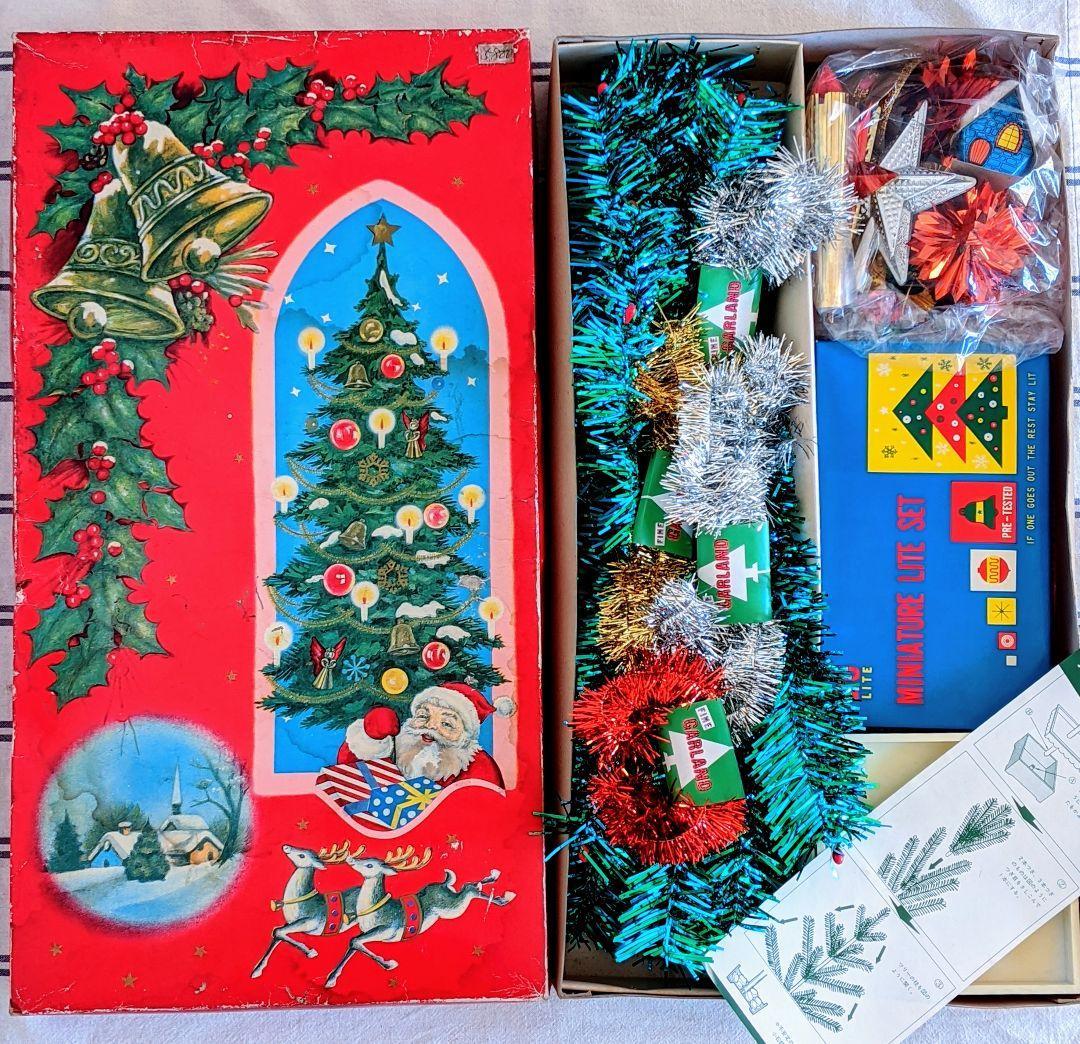 レトロ クリスマス ツリー イラスト