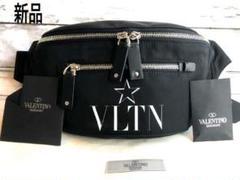 """Thumbnail of """"【新品】VALENTINO(ヴァレンティノ)VLTN ロゴ ボディバッグ 黒"""""""