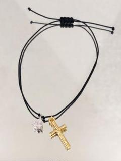 十字架と雫 ブレスレット  ●十字架チャームと雫型のジルコニア