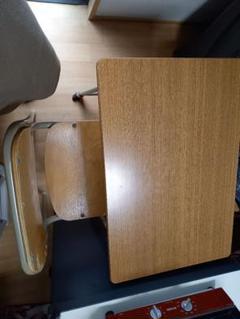 """Thumbnail of """"学校用机と椅子7セット"""""""