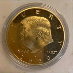 "Thumbnail of ""アメリカ ドナルド・トランプ 記念コイン メダル  イーグル 金貨 大統領選挙"""
