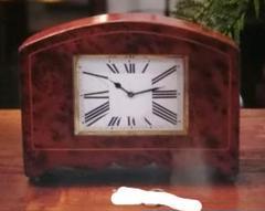 """Thumbnail of """"20世紀フラ  ンス、ミッドセンチュリーの魅力的な置時計、機械式・手巻き"""""""