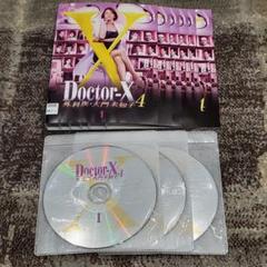 """Thumbnail of """"Doctor-X 外科医・大門未知子 4  ドクターX 全巻セット 1巻-6巻"""""""