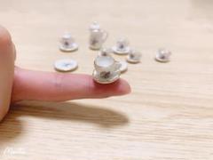 """Thumbnail of """"ミニチュア 陶磁器茶器の模型15点セット"""""""