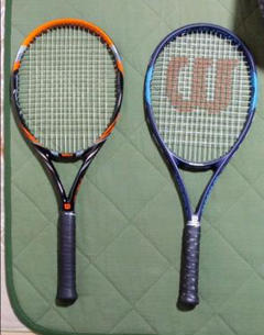 """Thumbnail of """"ウィルソン テニスラケット2本 ボール付"""""""