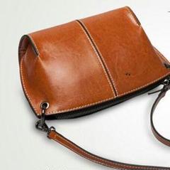 """Thumbnail of """"女性用のハンドバッグの本革ショルダーバッグが大人気ですH2"""""""