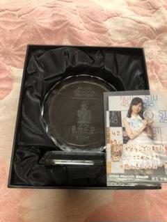 """Thumbnail of """"AKB48 49th選抜総選挙 トロフィー 岩立沙穂"""""""
