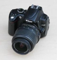 """Thumbnail of """"Nikon D5000 18-55 VR kit ショット数7824回"""""""