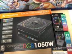 "Thumbnail of ""TOUGHPOWER RGB 1050W + ファン + コントローラー セット"""