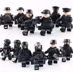 "Thumbnail of ""特殊部隊 SWAT ミニフィグ 12体セット+武器大量 フィギュア ミニタリー"""