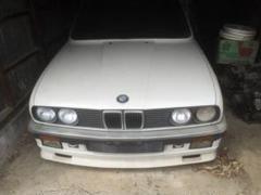 "Thumbnail of ""BMW E30 325iクーペ シャシー ボディ"""