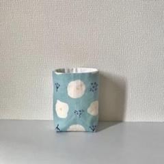 "Thumbnail of ""白い花柄の小物入れ(縦長小)"""