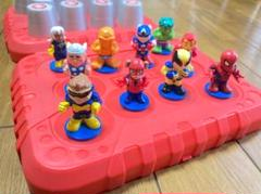 "Thumbnail of ""MARVEL マーベルヒーローズ 人形型神経衰弱 ゲーム おもちゃ"""