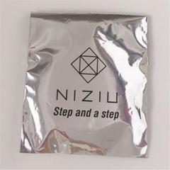 "Thumbnail of ""NiziU 缶バッジ"""