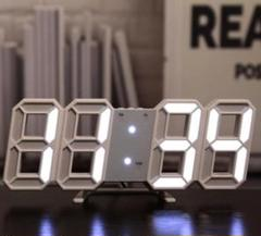 """Thumbnail of """"SNSで紹介されたそうです‼ --3D立体時計--白ぶち白ライト"""""""