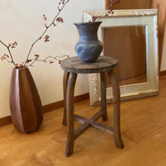 "Thumbnail of ""木製 スツール 丸椅子 アンティーク 古道具 ヴィンテージ 蚤の市 レトロ 椅子"""