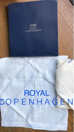 "Thumbnail of ""ROYAL COPENHAGENのタオルハンカチ2枚(箱付)"""
