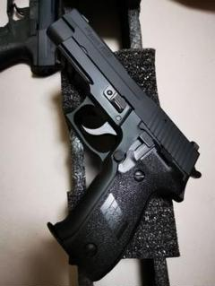 "Thumbnail of ""東京マルイ P226 ソフトガン ガスガン エアガン"""