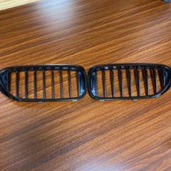 "Thumbnail of ""BMW G30 5シリーズ Mパフォーマンス ブラックキドニーグリル"""