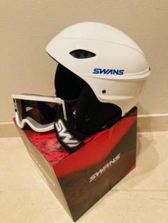 """Thumbnail of """"SWANS スポーツヘルメット&ゴーグルのセット イヤーパッド着脱可能 美品です"""""""