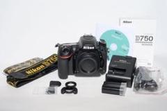 """Thumbnail of """"Nikon D750 フルサイズ一眼レフカメラボディ"""""""