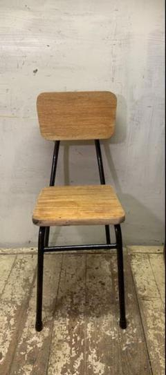 "Thumbnail of ""古い木とさびた鉄足のイス 食堂椅子古家具"""