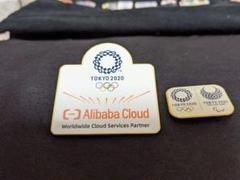 "Thumbnail of ""東京オリンピック Alibaba Cloud ピンバッジ"""