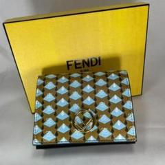 "Thumbnail of ""週末セール [新品本物保証] FENDI 二つ折り財布 レディース フェンディ"""