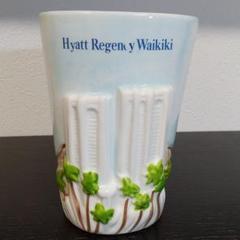 """Thumbnail of """"ハワイお土産品 ハイアット・リージェンシーワイキキ花瓶"""""""