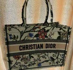 """Thumbnail of """"Dior 稀に見るフローラルプリント トートバッグ"""""""