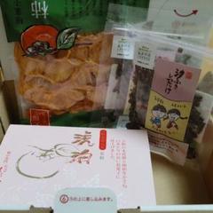 "Thumbnail of ""柿の専門 奈良 吉野 柿菓子 柿日和& 葛餅 琥珀"""