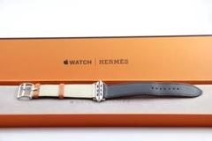 "Thumbnail of ""希少極美品 HERMES Apple Watch バンド 42mm 44mm"""