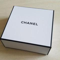 """Thumbnail of """"CHANEL 空箱 ギフトボックス"""""""