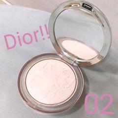 "Thumbnail of ""Dior スキン ミネラルグロウルミナイザーパウダー02"""