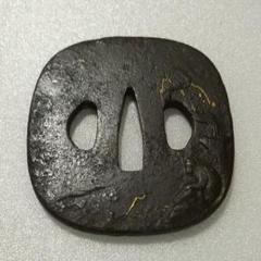 "Thumbnail of ""四角い鍔"""