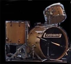 "Thumbnail of ""LUDWIG ドラムセット"""