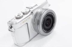 "Thumbnail of ""OLYMPUS オリンパス PEN E-PL9 レンズセット ホワイト"""