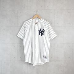 "Thumbnail of ""USA製 Majestic ヤンキース ベースボールシャツ レア 刺繍ロゴ"""