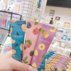 "Thumbnail of ""FRUDIA フルディア 韓国 ハンドクリーム 柑橘系"""