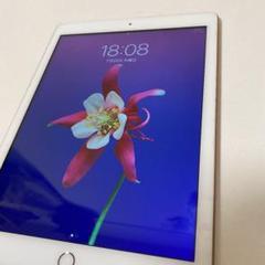 "Thumbnail of ""iPad第6世代"""