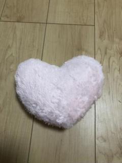 "Thumbnail of ""ハートのクッション"""