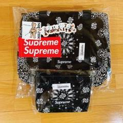 "Thumbnail of ""2点 Supreme Bandana Tarp Small Duffle Bag"""