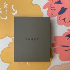"""Thumbnail of """"THREE シマリング グロー デュオ01"""""""