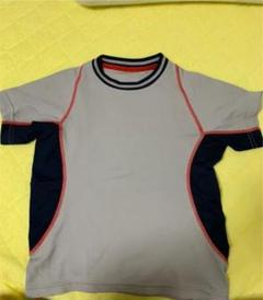 "Thumbnail of ""UNIQLO スポーツTシャツ"""