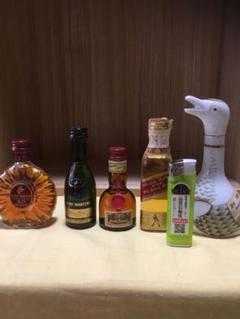 "Thumbnail of ""ウイスキー ミニボトル 古酒"""