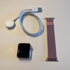 "Thumbnail of ""Apple Watch 3 セルラーモデル ピンクゴールド 美品 ミラネーゼ付"""