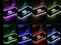 "Thumbnail of ""レクサス トヨタ BMW ホンダ 全車種 発光色:RGB(8色変色)"""