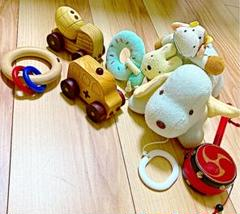 "Thumbnail of ""ベビーおもちゃ7点まとめ売familiar犬オルゴール、木製救急車、にぎにぎ等"""