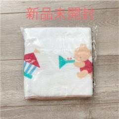 "Thumbnail of ""familiar×こどもちゃれんじ フード付きベビーバスタオル"""