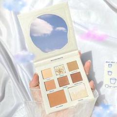 """Thumbnail of """"タピオカミルクティーのコンセプトが可愛いアイシャドウパレット"""""""
